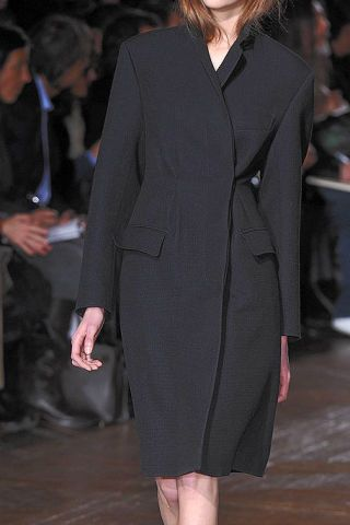 Clothing, Event, Shoulder, Joint, Outerwear, Coat, Formal wear, Style, Fashion model, Dress,