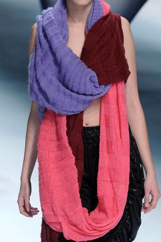 Sleeve, Shoulder, Wrap, Textile, Joint, Style, Stole, Pattern, Fashion, Magenta,