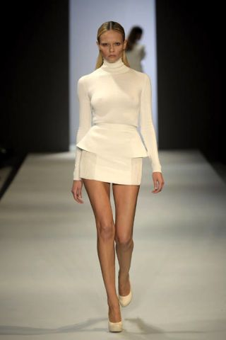 Clothing, Fashion show, Skin, Sleeve, Shoulder, Human leg, Runway, Joint, Waist, Fashion model,