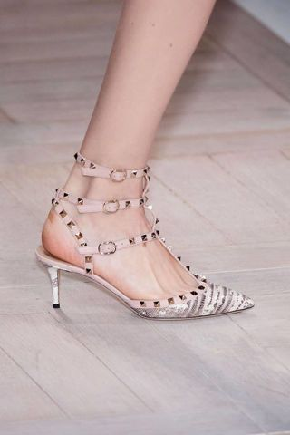 Footwear, Brown, Human leg, Shoe, Joint, White, Pink, Sandal, Toe, High heels,