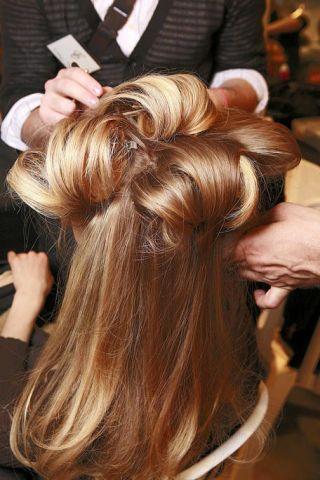 Brown, Hairstyle, Style, Long hair, Brown hair, Beauty salon, Hair coloring, Blond, Hair accessory, Nail,