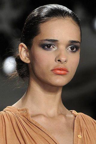 Nose, Lip, Mouth, Hairstyle, Forehead, Eyebrow, Eyelash, Style, Beauty, Eye shadow,