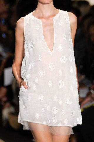 Shoulder, Joint, Style, Fashion show, Pattern, Fashion, Fashion model, Neck, One-piece garment, Day dress,
