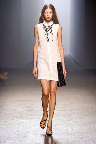 Clothing, Brown, Human leg, Shoulder, Joint, Fashion show, Style, Fashion model, Knee, Runway,