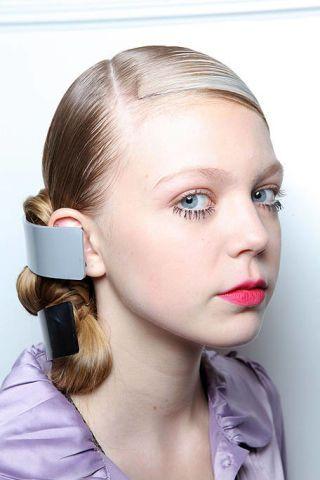 Ear, Lip, Cheek, Hairstyle, Chin, Forehead, Eyebrow, Eyelash, Style, Earrings,