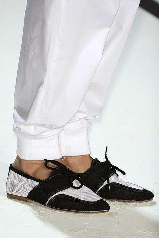 Sleeve, Textile, White, Style, Fashion, Black, Beige, Sandal, Strap, Fashion design,