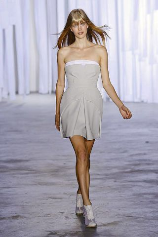 Human, Dress, Hairstyle, Skin, Human body, Shoulder, Human leg, Joint, White, One-piece garment,
