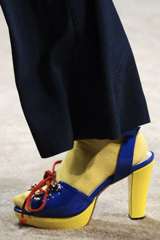 Footwear, Blue, Yellow, Human leg, Textile, Joint, Electric blue, Fashion, Basic pump, Tan,