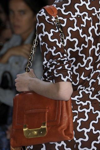 Brown, Shoulder, Bag, Textile, Pattern, Style, Fashion accessory, Luggage and bags, Shoulder bag, Fashion,