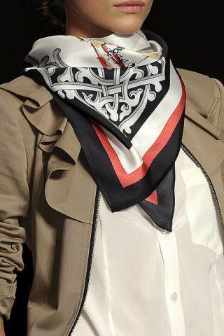 Collar, Sleeve, Textile, Outerwear, Formal wear, Dress shirt, Style, Coat, Blazer, Fashion,