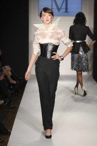 Clothing, Footwear, Leg, Fashion show, Sleeve, Human body, Event, Shoulder, Textile, Waist,