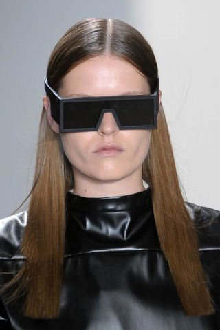 Eyewear, Glasses, Vision care, Lip, Goggles, Hairstyle, Forehead, Sunglasses, Collar, Style,