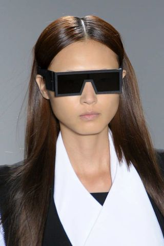 Clothing, Eyewear, Hair, Glasses, Vision care, Lip, Goggles, Brown, Hairstyle, Collar,