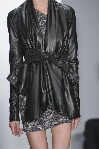 Sleeve, Textile, Style, Fashion, Black, Leather, Thigh, Satin, Fashion design, Day dress,
