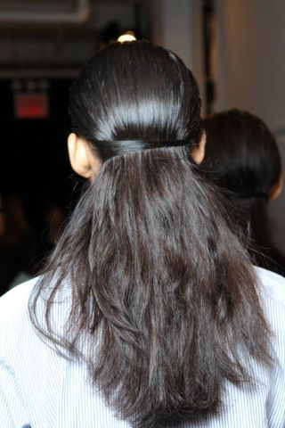 Hairstyle, Hair accessory, Style, Long hair, Black hair, Fashion, Brown hair, Liver, Earrings, Back,