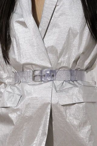 Dress shirt, Collar, Sleeve, Textile, Pocket, Button, Satin, Fashion design, Cuff, Knot,