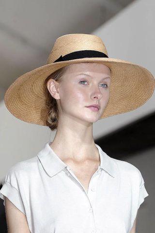 Clothing, Lip, Hat, Skin, Collar, Chin, Shoulder, Shirt, Jaw, Headgear,