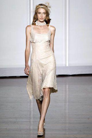 Clothing, Dress, Shoulder, Human leg, Joint, One-piece garment, Fashion model, Fashion show, Style, Waist,