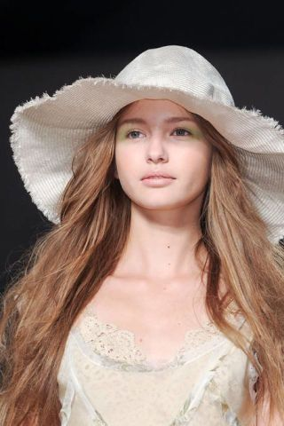 Clothing, Nose, Hat, Lip, Hairstyle, Skin, Sun hat, Headgear, Beauty, Costume accessory,
