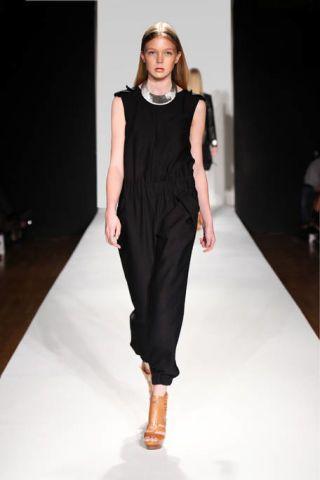 Clothing, Brown, Fashion show, Shoulder, Dress, Joint, Runway, Human leg, Fashion model, Style,