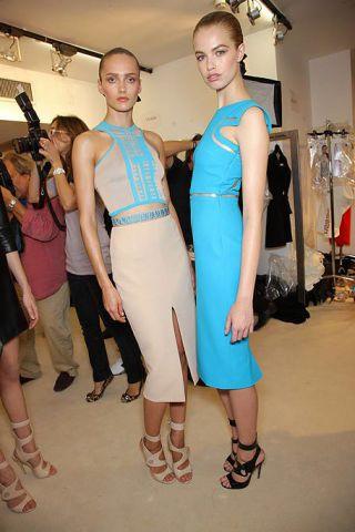 Clothing, Footwear, Leg, Shoulder, Dress, Joint, Human leg, Style, Fashion accessory, Fashion,