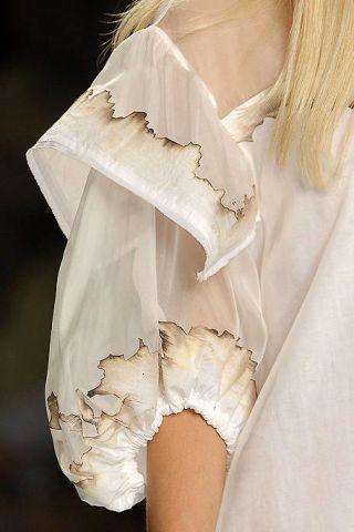 Sleeve, Textile, White, Fashion, Embellishment, Beige, Lace, Fashion design, Day dress, Nightgown,
