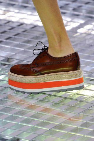 Brown, Human leg, Tan, Grey, Walking shoe, Outdoor shoe,