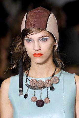 Lip, Headgear, Fashion, Jewellery, Eyelash, Eye liner, Street fashion, Eye shadow, Body jewelry, Necklace,