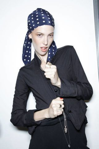 Clothing, Finger, Lip, Sleeve, Pattern, Fashion, Black, Electric blue, Cobalt blue, Gesture,