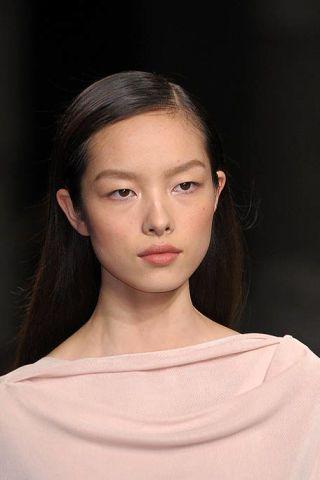 Hair, Head, Ear, Nose, Lip, Cheek, Hairstyle, Skin, Chin, Forehead,