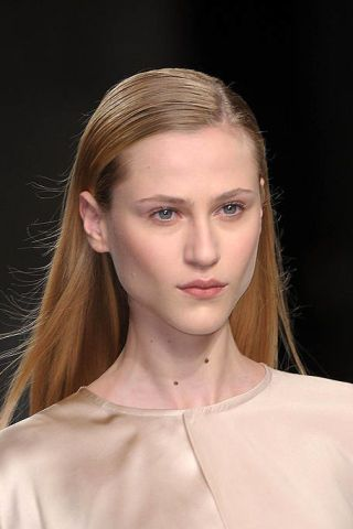 Hair, Head, Ear, Lip, Cheek, Hairstyle, Skin, Chin, Forehead, Shoulder,