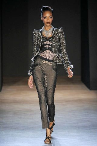 Clothing, Brown, Human body, Shoulder, Fashion show, Jewellery, Joint, Style, Fashion model, Runway,