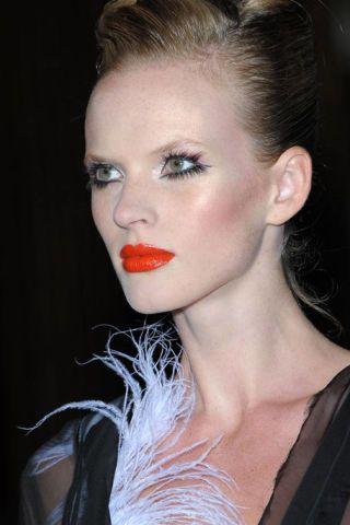 Nose, Mouth, Lip, Hairstyle, Chin, Eyebrow, Eyelash, Eye shadow, Style, Beauty,