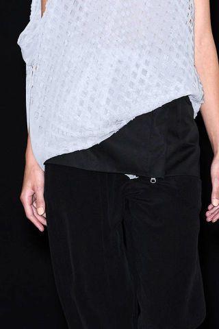 Sleeve, Shoulder, Joint, Standing, White, Waist, Elbow, Fashion, Pocket, Black,