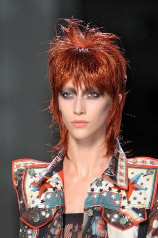 Lip, Hairstyle, Chin, Style, Red hair, Bangs, Eyelash, Fashion, Hair coloring, Wig,
