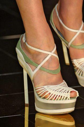 Footwear, Green, Human leg, Joint, White, High heels, Toe, Sandal, Foot, Fashion,