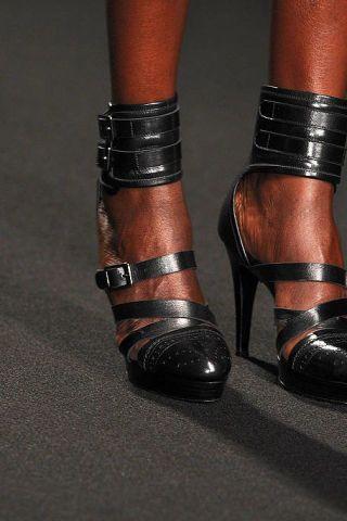 Human leg, Fashion, Metal, Leather, Silver, Steel,