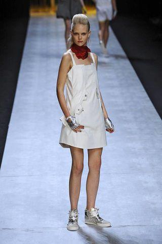 Clothing, Leg, Human leg, Shoulder, Dress, Joint, White, Standing, Style, Formal wear,