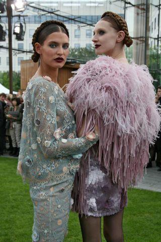 Head, Human, Hairstyle, Textile, Style, Fashion, Street fashion, Model, Fur, Fashion model,