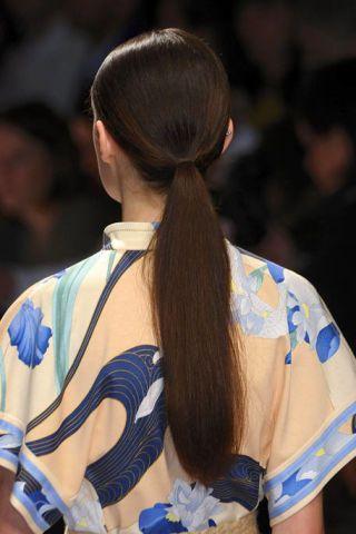 Hairstyle, Style, Beauty, Long hair, Fashion, Hair accessory, Earrings, Black hair, Brown hair, Back,