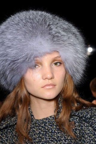 BEHNAZ SARAFPOUR FALL RTW 2011 BEAUTY 002