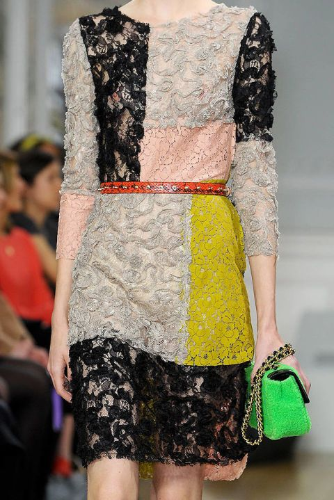 MOSCHINO CEC FALL 2012 RTW DETAILS 002