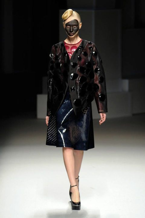 LIE SANG BONG FALL 2012 RTW PODIUM 001