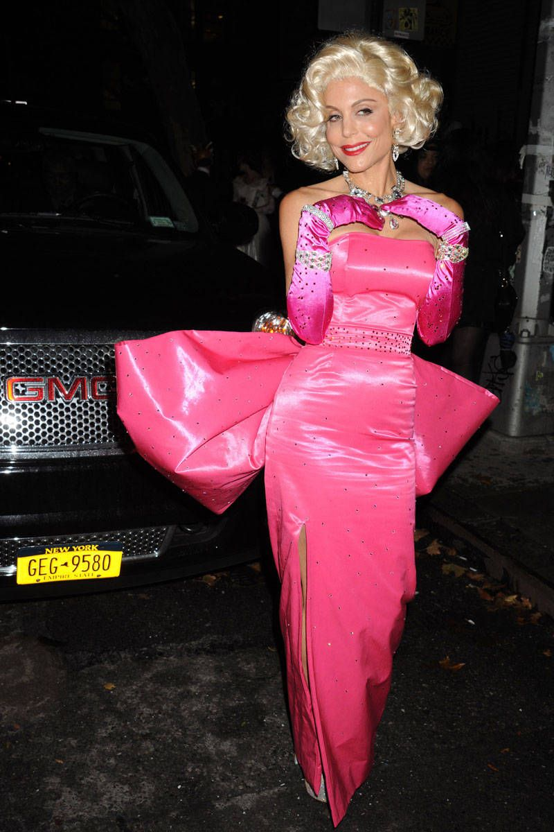 best celebrity halloween costumes hollywood and fashion halloween costumes - Halloween Costume Brunette