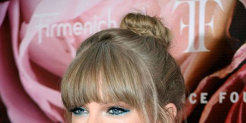 Growing Out Bangs 7 Ways To Grow Out Your Bangs Gracefully