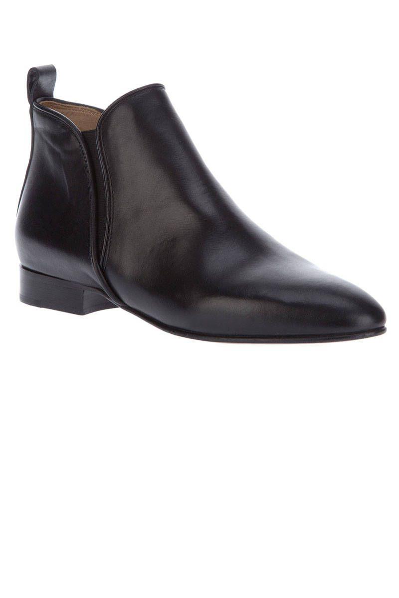 the flat heel