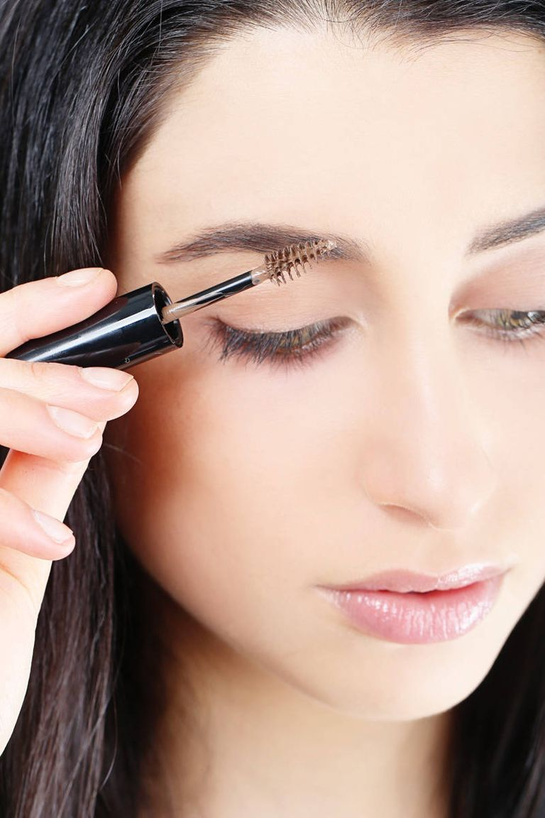 How to Fill in Eyebrows - 8 Easy Steps to Thick Eyebrows ...