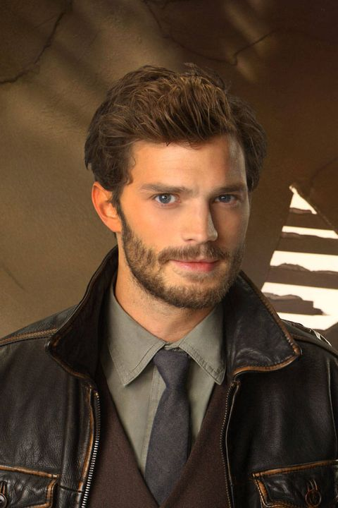 Hair, Facial hair, Hairstyle, Dress shirt, Collar, Jacket, Eyebrow, Textile, Beard, Jaw,