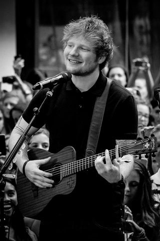 Ed Sheeran Interview - Ed Sheeran on Tour with Taylor Swift