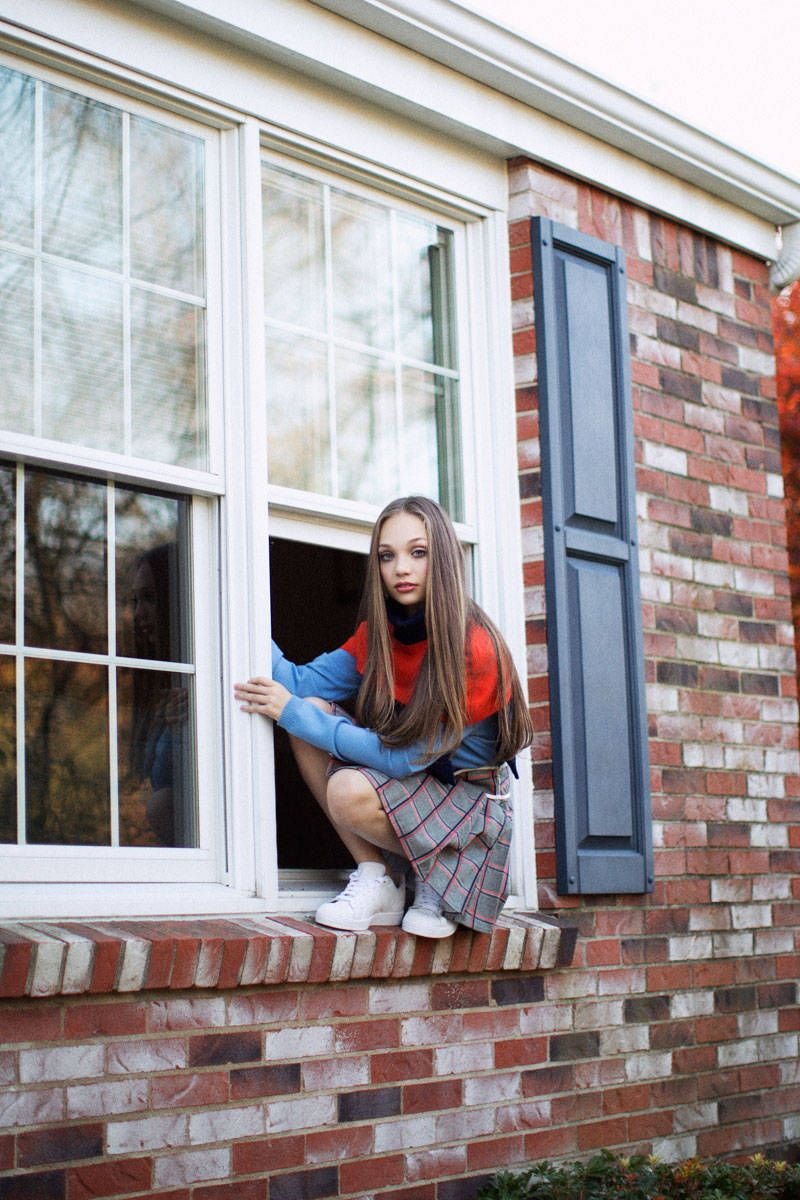 e39158412f9 She s Just a Girl  Maddie Ziegler Off-Stage and at Home in Pittsburgh